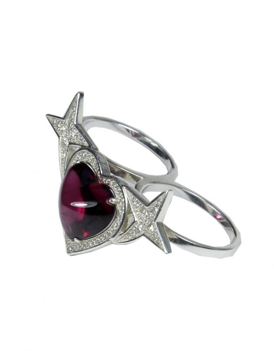 Ring Heart with almandine and white diamonds